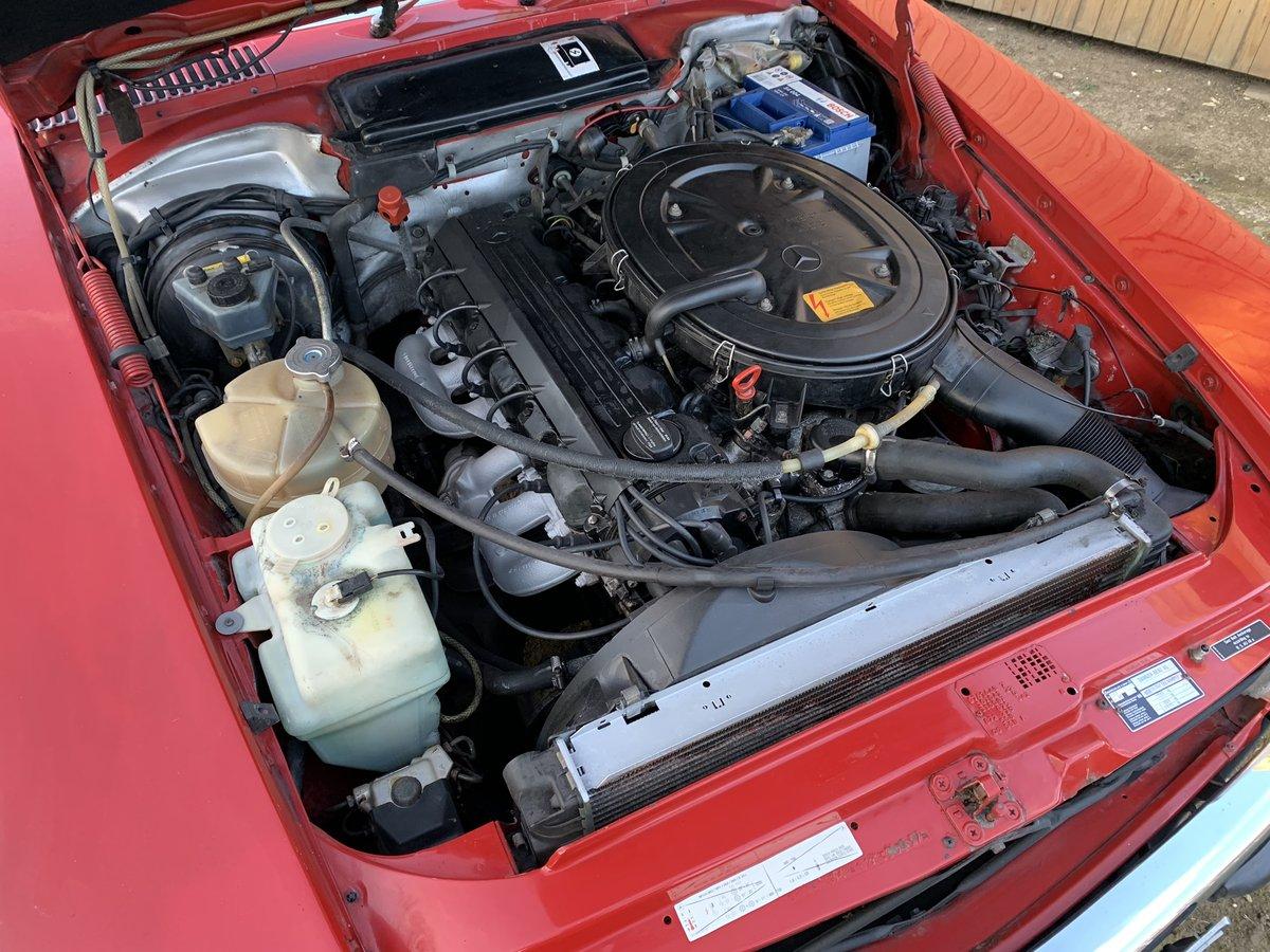 Mercedes Benz 300sl 1989 facelift r107 'G reg' For Sale (picture 3 of 6)