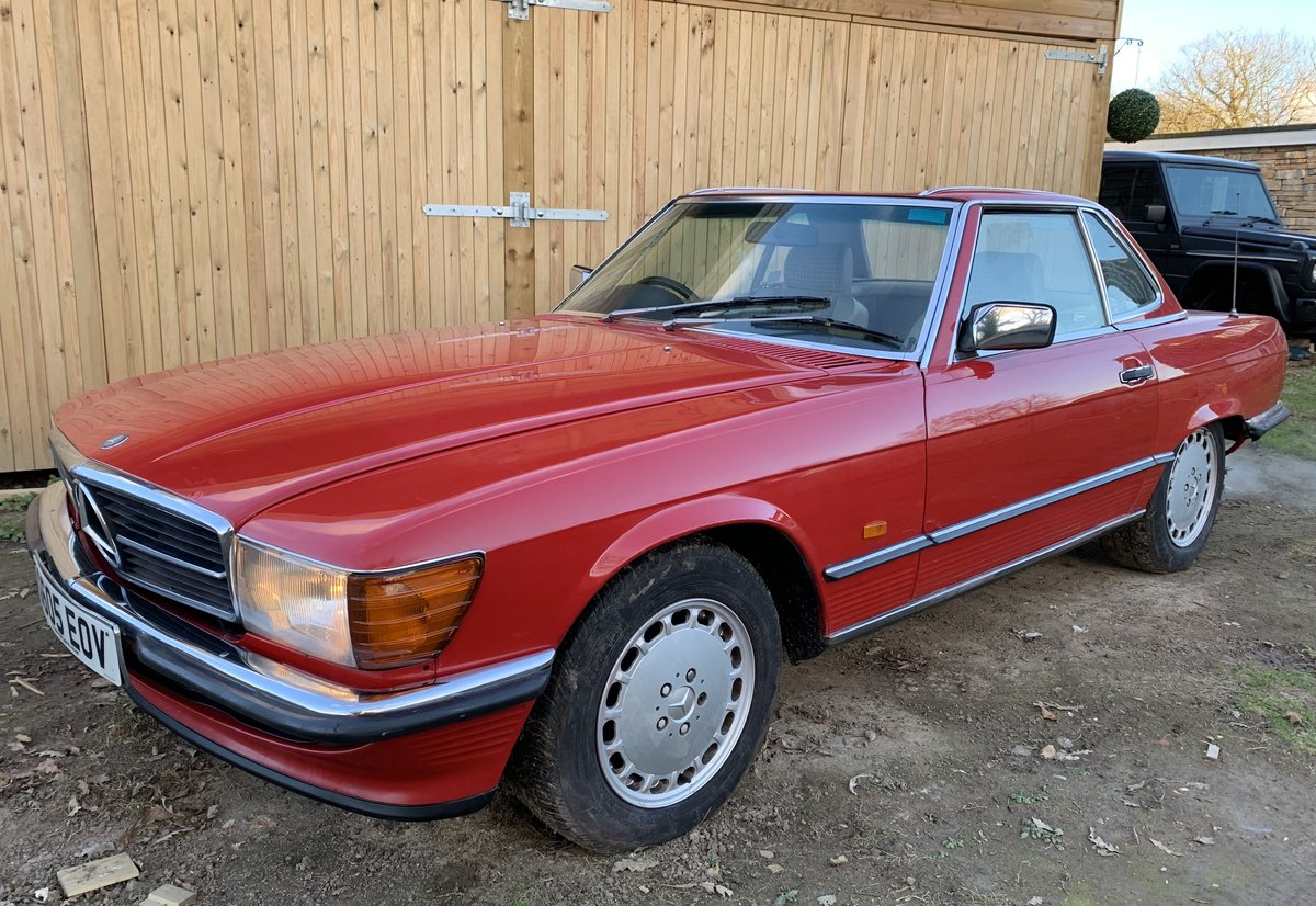 Mercedes Benz 300sl 1989 facelift r107 'G reg' For Sale (picture 4 of 6)