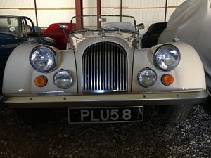 1974 Morgan Plus 8, Rover V8