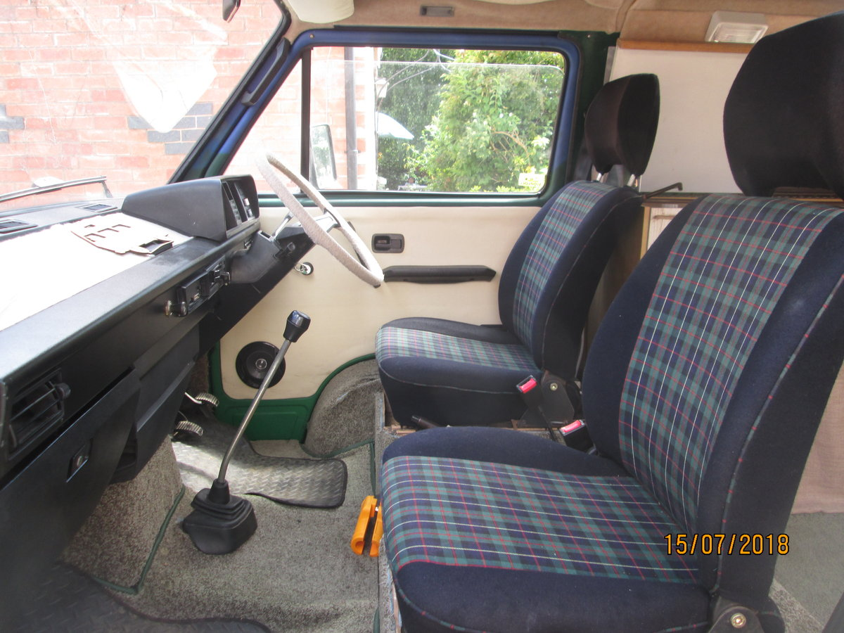 1984 VW T25 HIGH TOP CAMPERVAN 4 berth For Sale (picture 4 of 6)