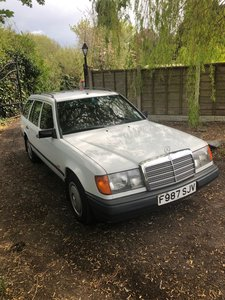 1989 Mercedes 200t estate auto w124  very low miles For Sale