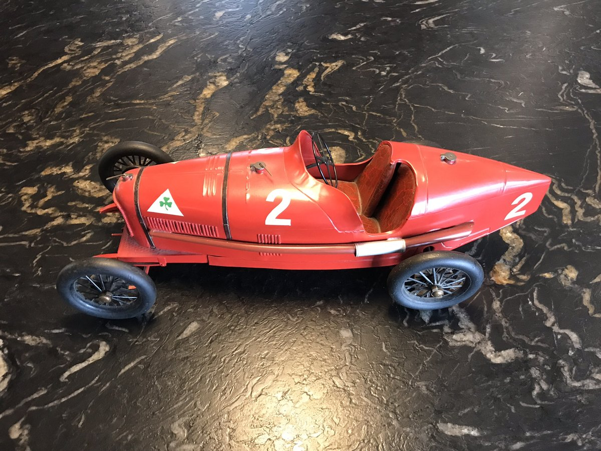 Alfa Romeo P2 Tinplate Toy by CIJ For Sale (picture 2 of 5)