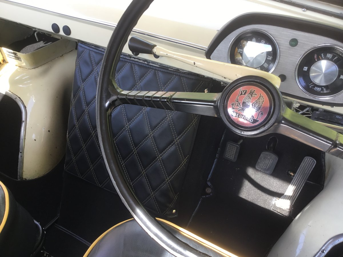 1970 Bedford CA Doormobile For Sale (picture 3 of 6)
