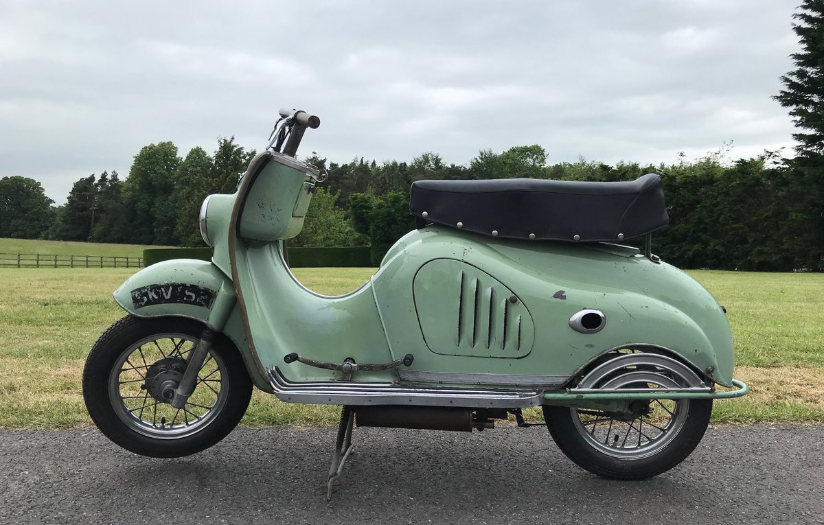 1956 MOTO PARILLA LEVRIERE (GREYHOUND) SCOOTER For Sale (picture 1 of 6)