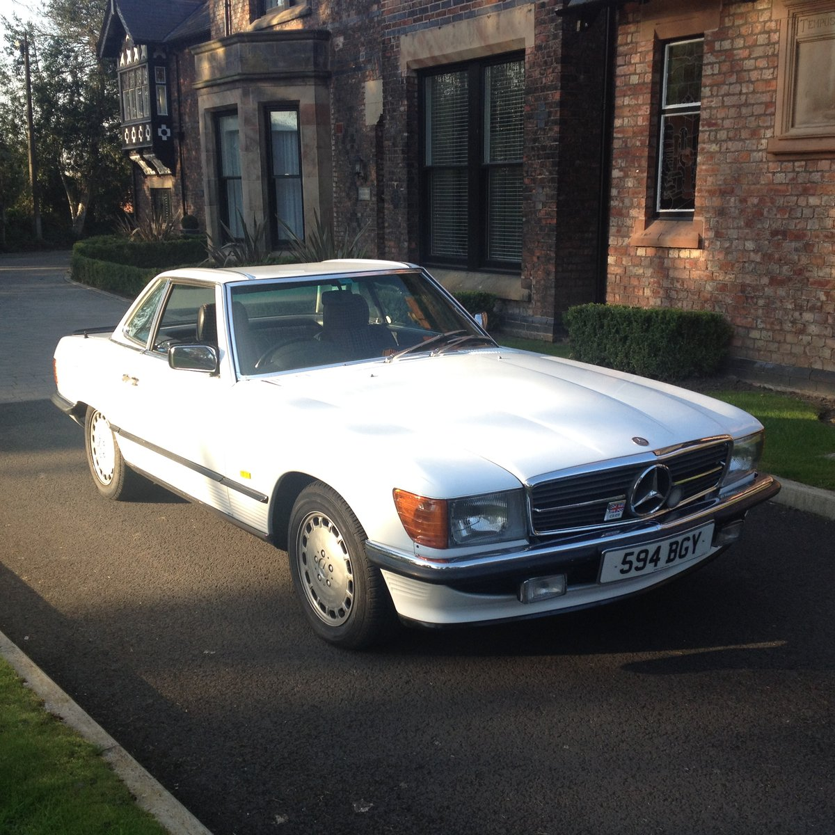 1986 Mercedes R107 300 SL For Sale | Car And Classic