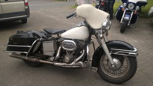 harley davidson first paint electra 1975 For Sale