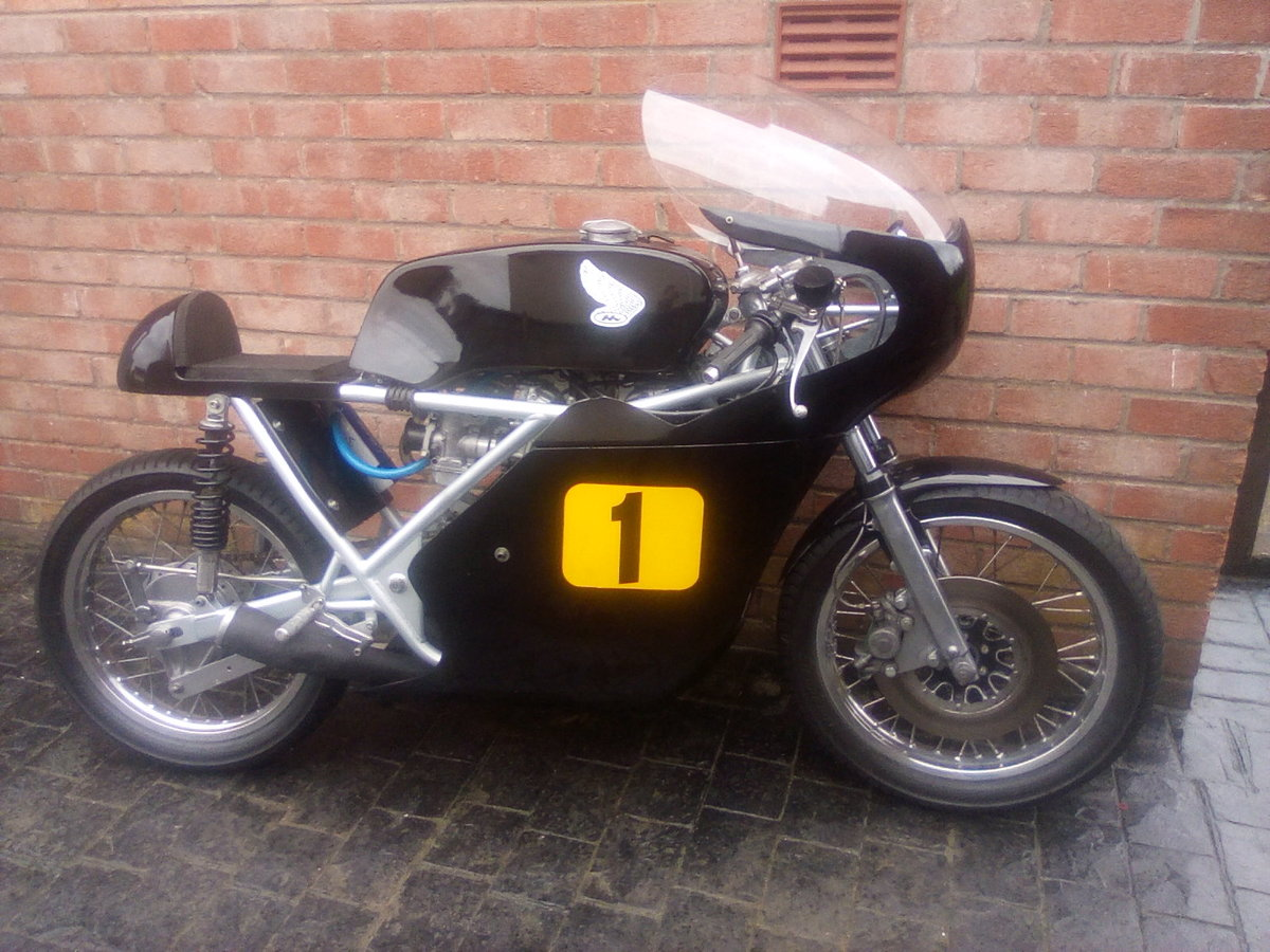 1969 Drixton racing Honda 500 For Sale (picture 1 of 5)