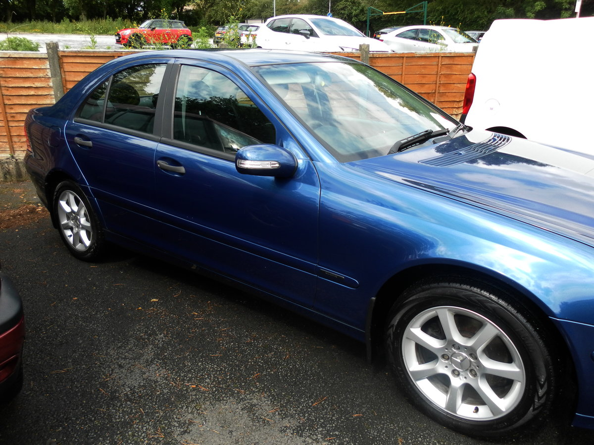 2005 Mercedes c180 classic s.e. Auto stunning condition For Sale (picture 2 of 6)
