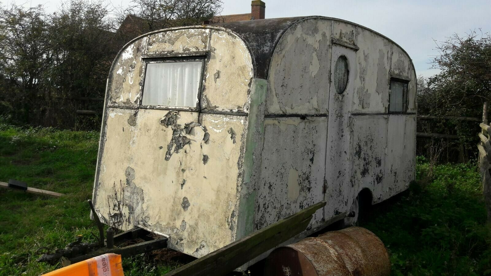 Classic vintage caravan Chalfont 1950s For Sale (picture 1 of 6)