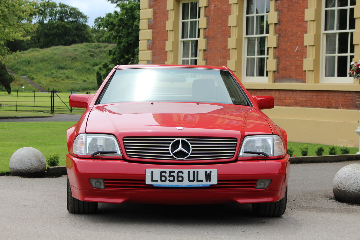 1993 Immaculate Mercedes Benz SL300, Beautiful! For Sale (picture 2 of 6)