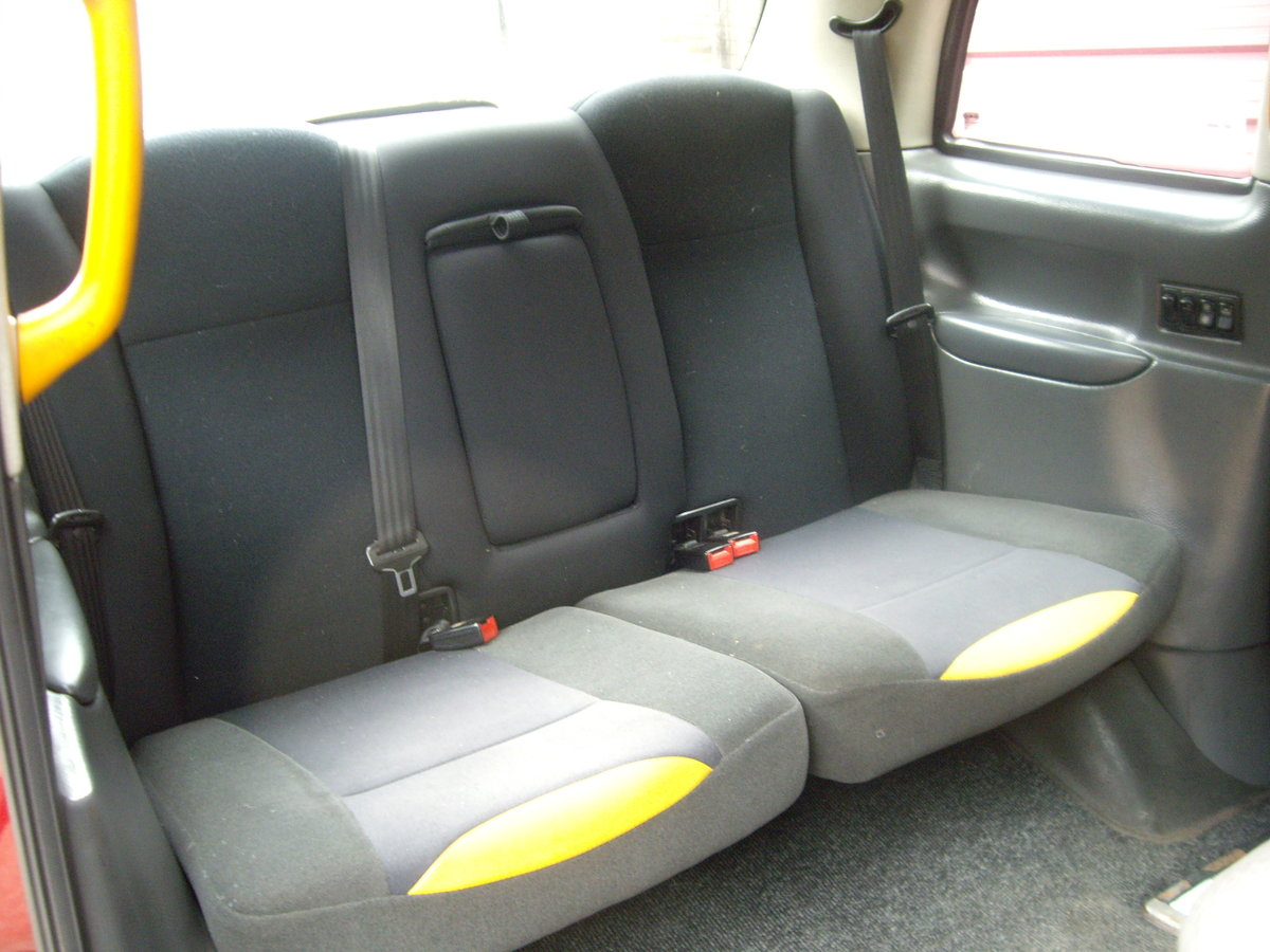 2006 London TX2 Taxicab For Sale (picture 4 of 6)