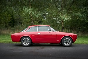 AlfaRomeo 2000GTV and Kammtail Spiders for sale
