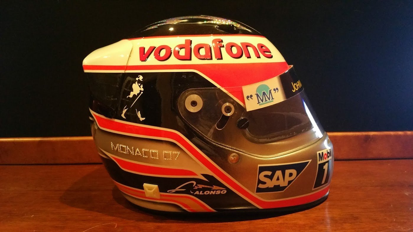2007 Fernando Alonso official replica Helmet For Sale (picture 3 of 6)