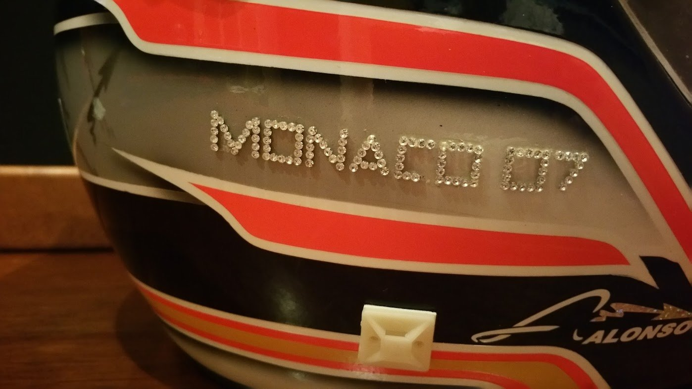 2007 Fernando Alonso official replica Helmet For Sale (picture 4 of 6)