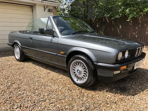 1991 BMW E30 325i Cabriolet in Dolphin Grey