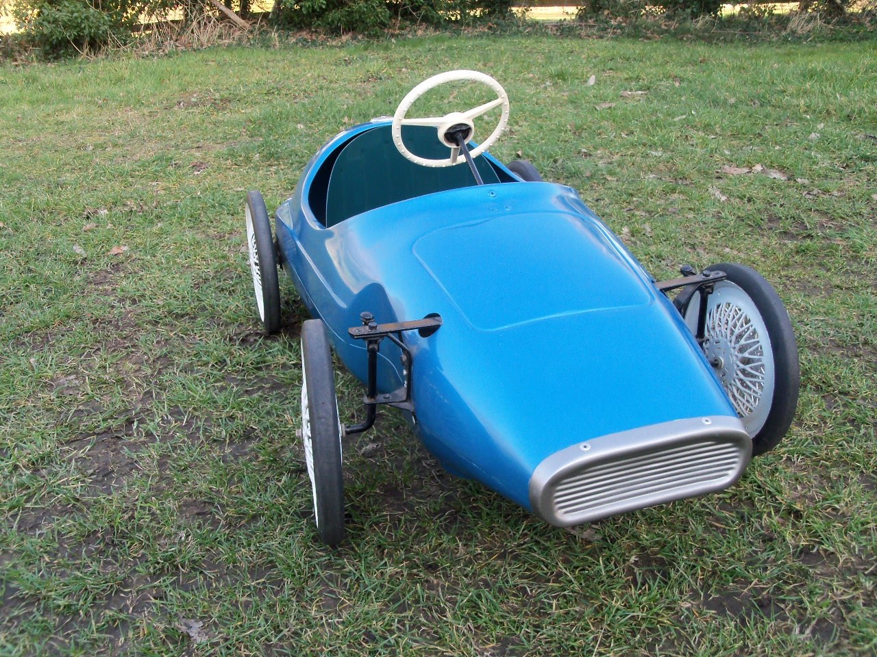 Triang Vanwall Pedal Car For Sale (picture 3 of 6)
