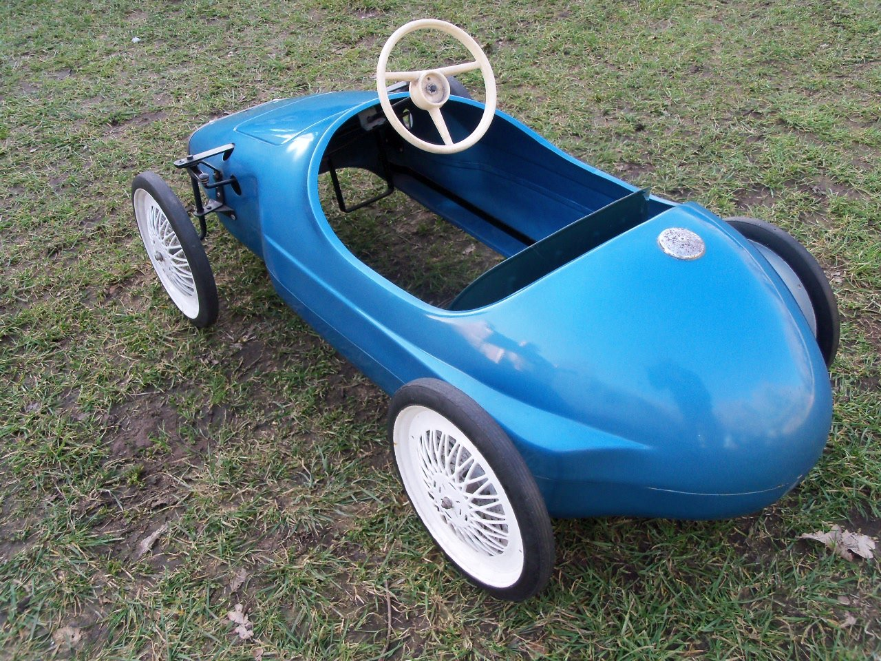 Triang Vanwall Pedal Car For Sale (picture 5 of 6)