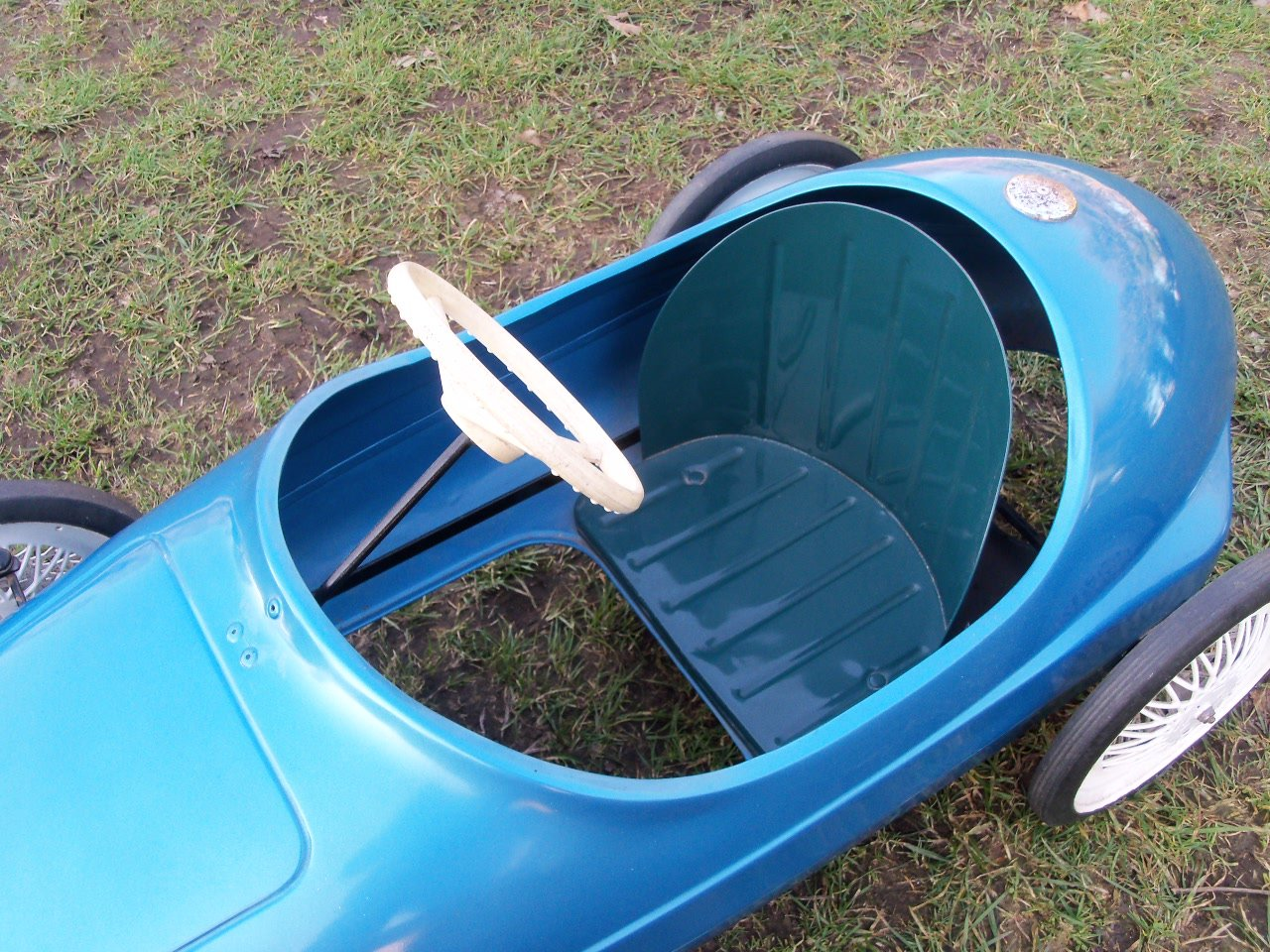 Triang Vanwall Pedal Car For Sale (picture 6 of 6)