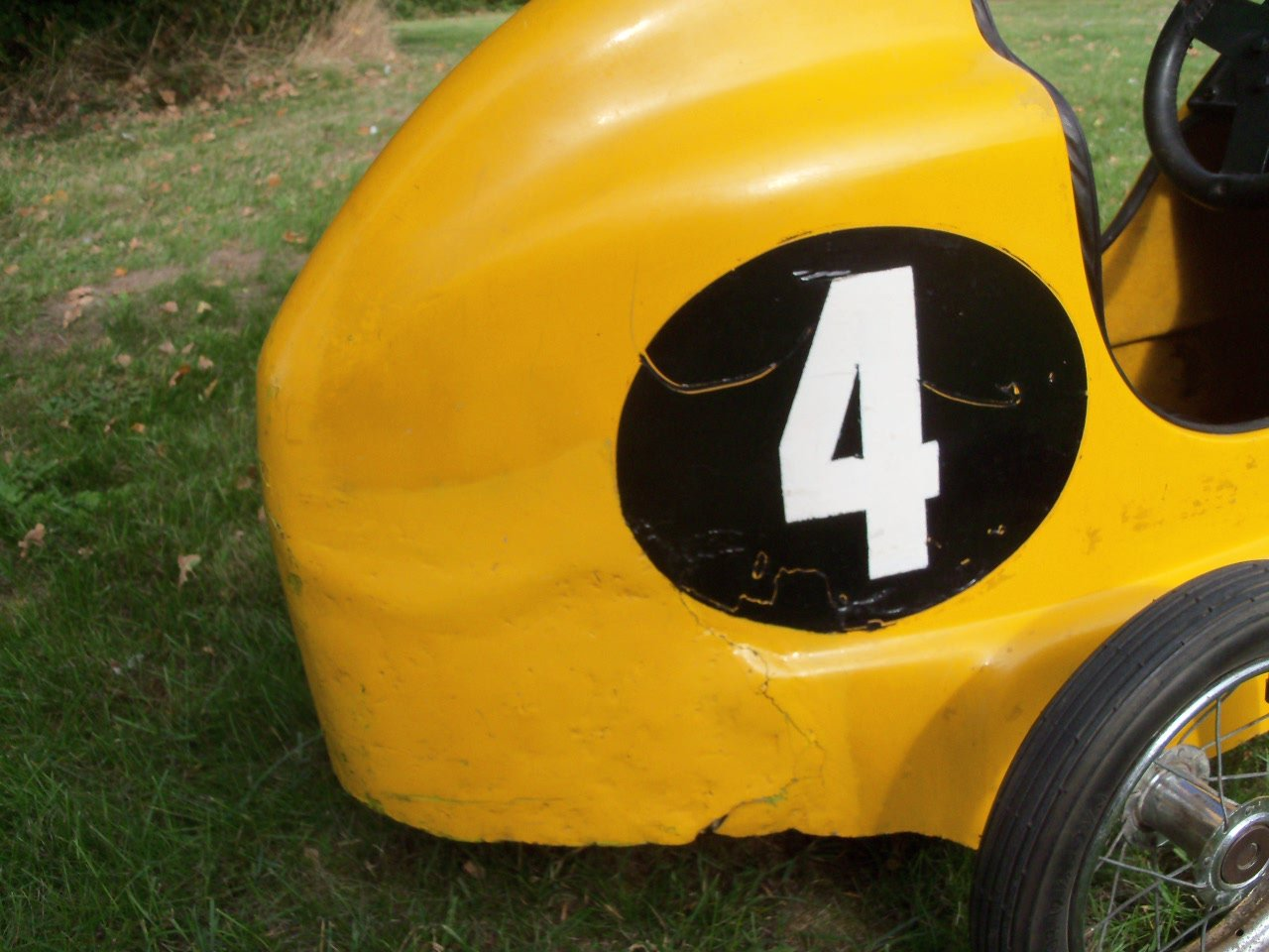 Austin Pathfinder Pedal Car (Replica) For Sale (picture 5 of 6)