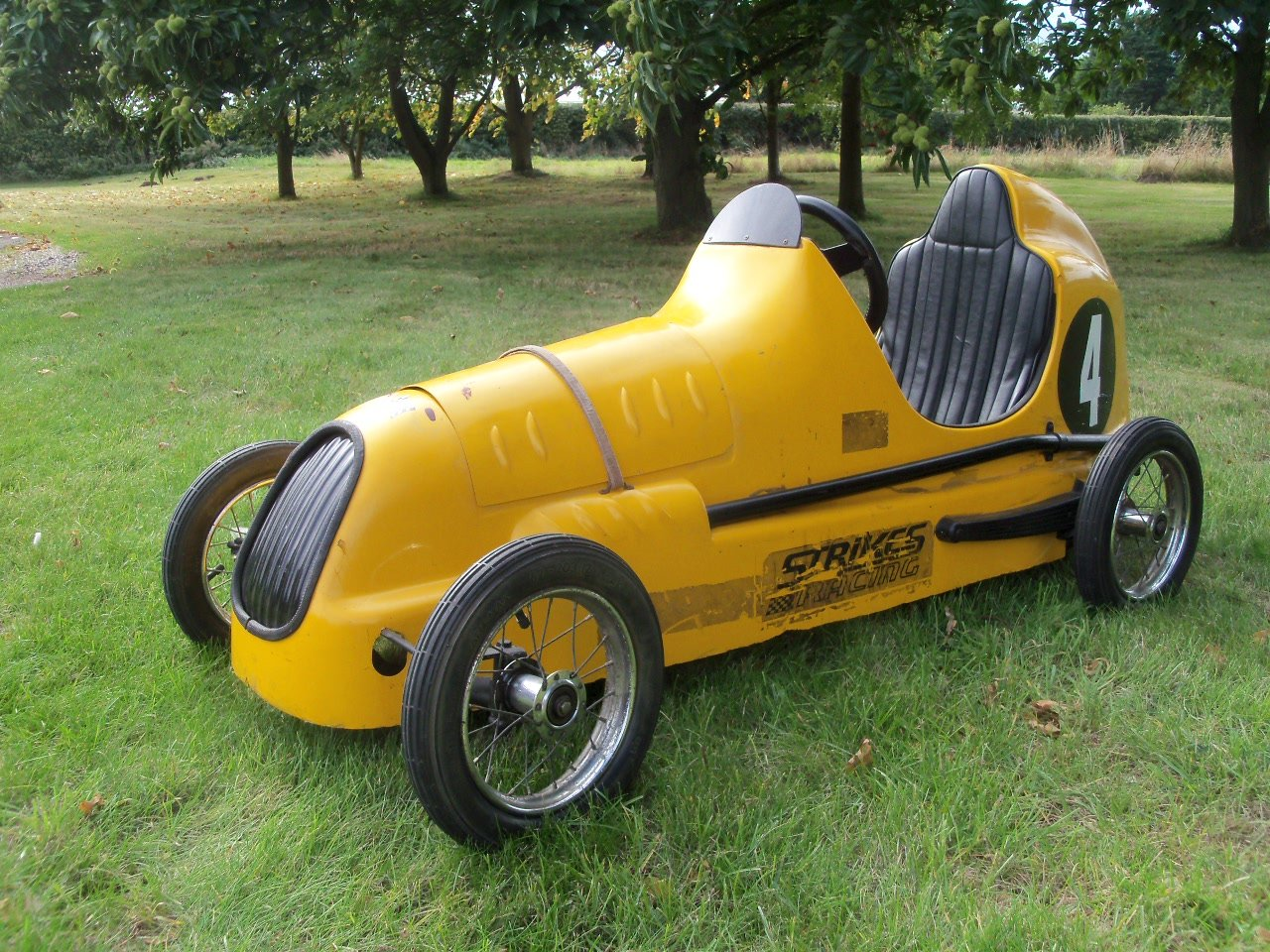 Austin Pathfinder Pedal Car (Replica) For Sale (picture 1 of 6)