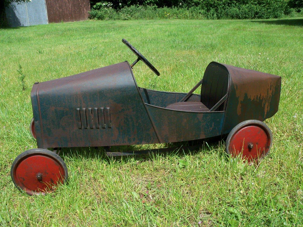 Bugatti Pedal Car (1930's) Superb  SOLD (picture 2 of 6)