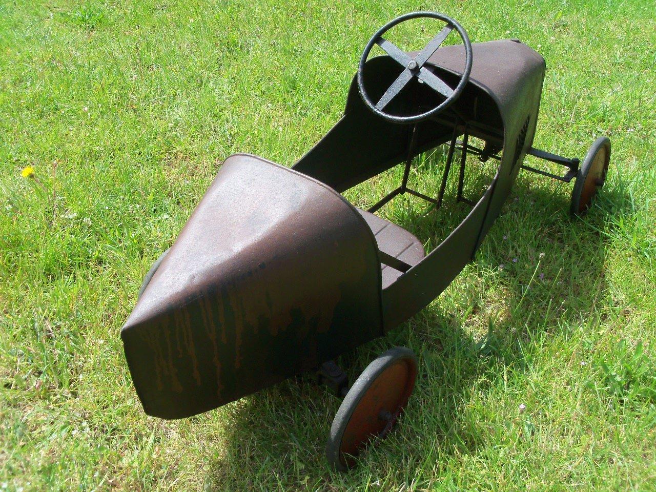 Bugatti Pedal Car (1930's) Superb  SOLD (picture 4 of 6)