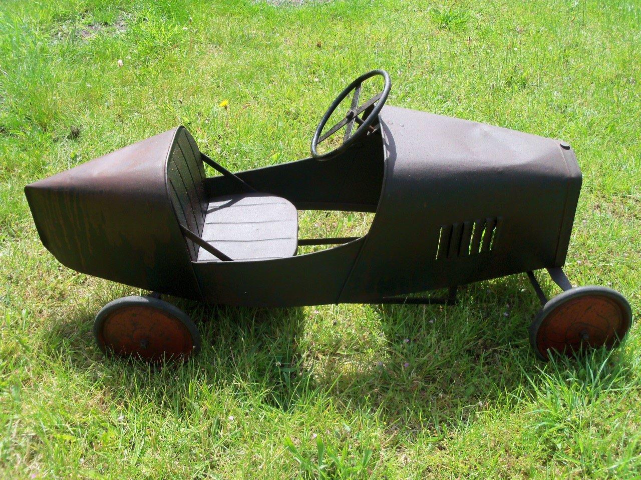 Bugatti Pedal Car (1930's) Superb  SOLD (picture 5 of 6)