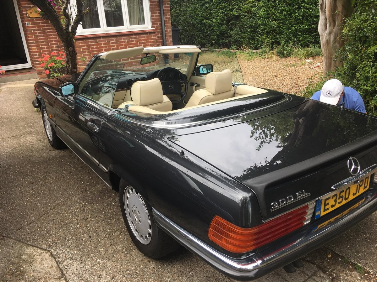 1988 88/e mercedes 300sl convertible hpi clear For Sale (picture 2 of 3)
