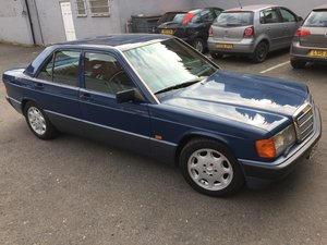 1990 PRICE REDUCED 190e 2.6 Manual MB tex interior