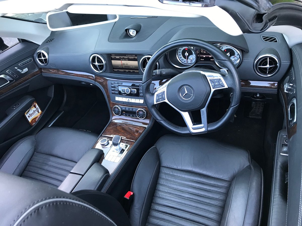 2013 SL500 V8 in superb condition SOLD (picture 3 of 6)