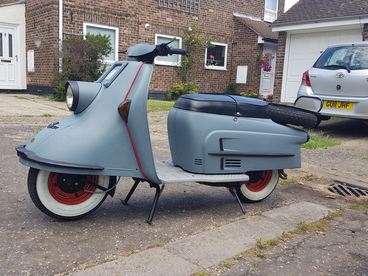 1965 Heinkel Tourist scooter Classic  SOLD (picture 2 of 6)