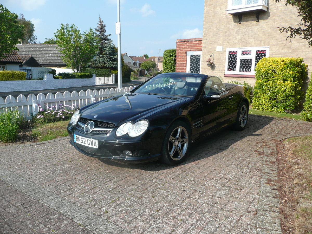 2002 Mercedes SL500 with AMG trim For Sale (picture 1 of 6)