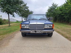 1983 Stunning Mercedes E200 For Sale