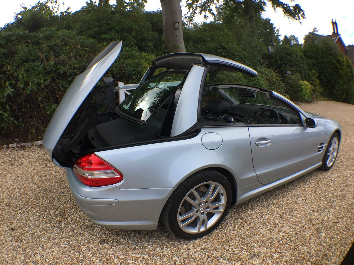 Mercedes SL AMG body kit factory fitted 2007 For Sale (picture 3 of 6)