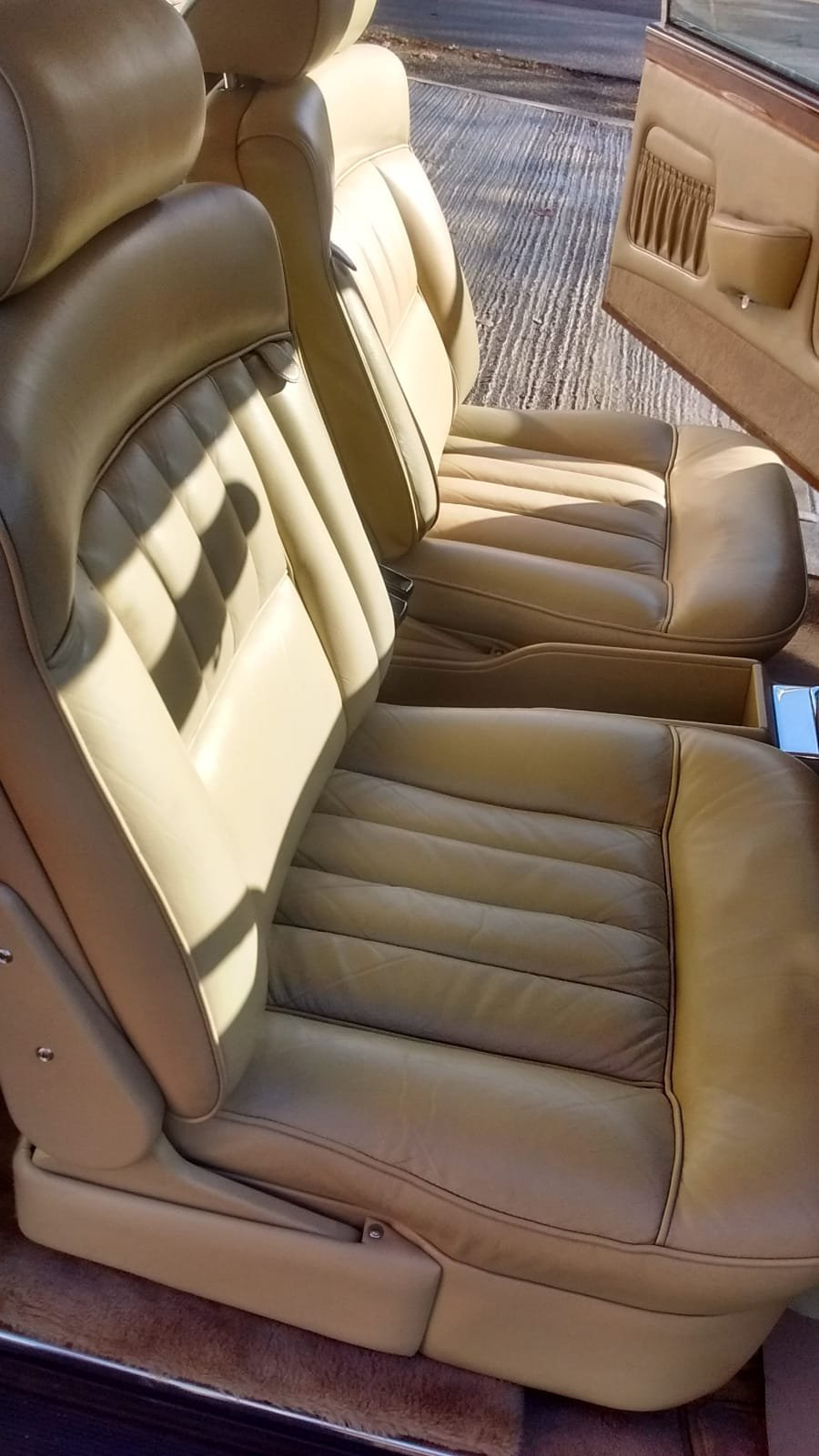 1976 Rolls Royce FHC For Sale (picture 3 of 6)