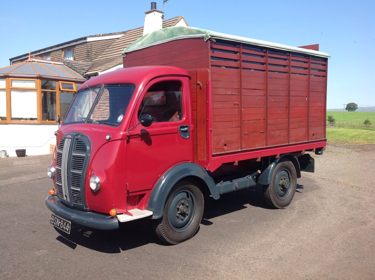 1951 Austin K8 flatbed truck with Caravanette body For Sale (picture 1 of 6)