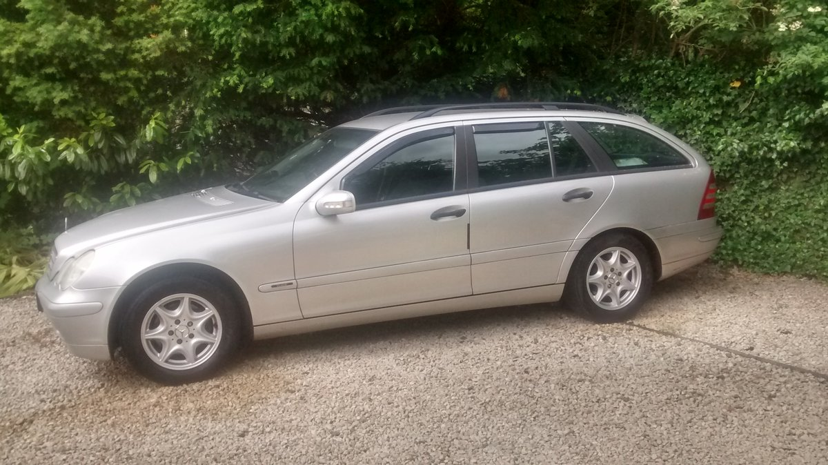 2004 Mercedes C200  estate supercharged For Sale (picture 2 of 6)