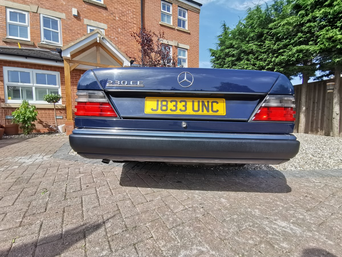 1991 Mercedes 230CE Mint FSH For Sale (picture 6 of 6)