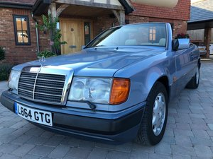 1993 Mercedes E 320 cabriolet For Sale