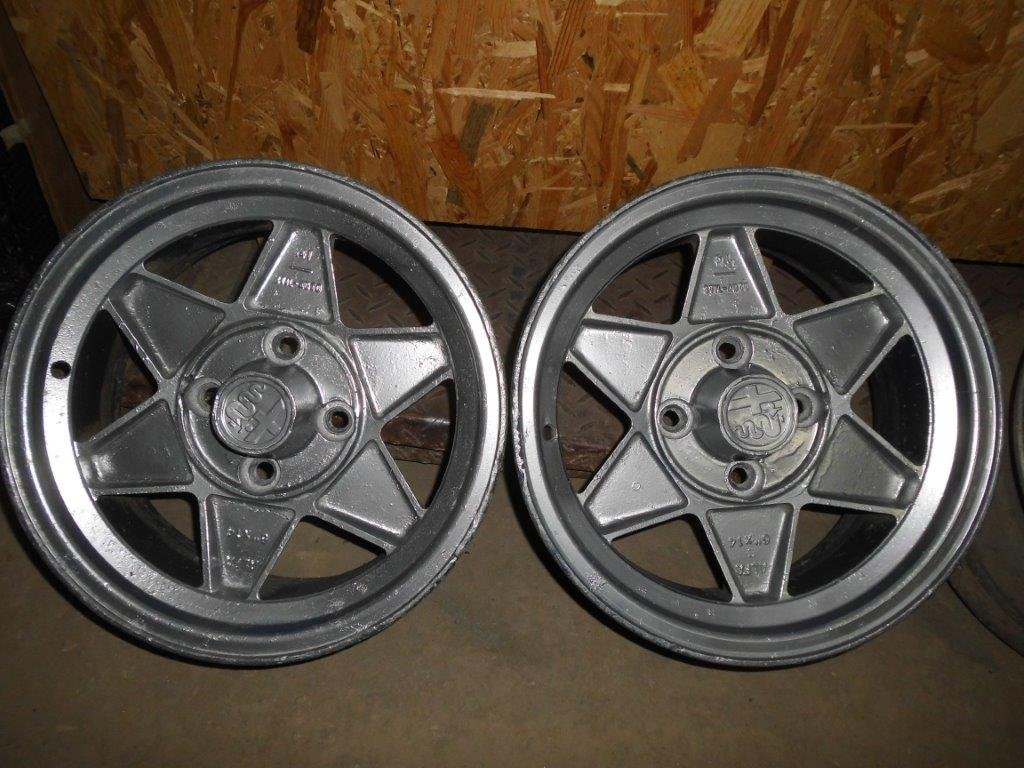ALFA ROMEO old Steel  &  Aluminium wheels For Sale (picture 1 of 4)