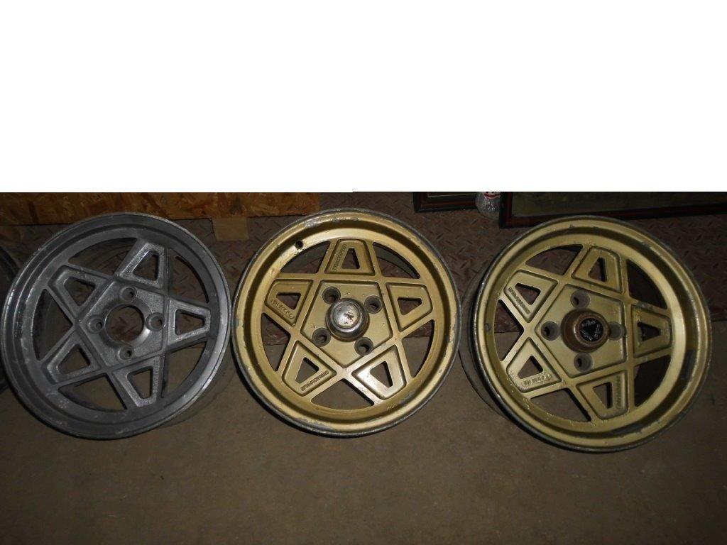 ALFA ROMEO old Steel  &  Aluminium wheels For Sale (picture 2 of 4)