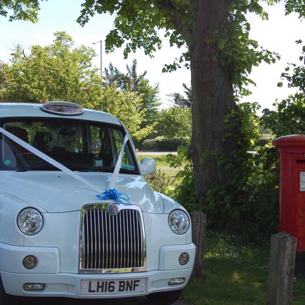 2016 White wedding taxi for hire For Hire (picture 6 of 6)