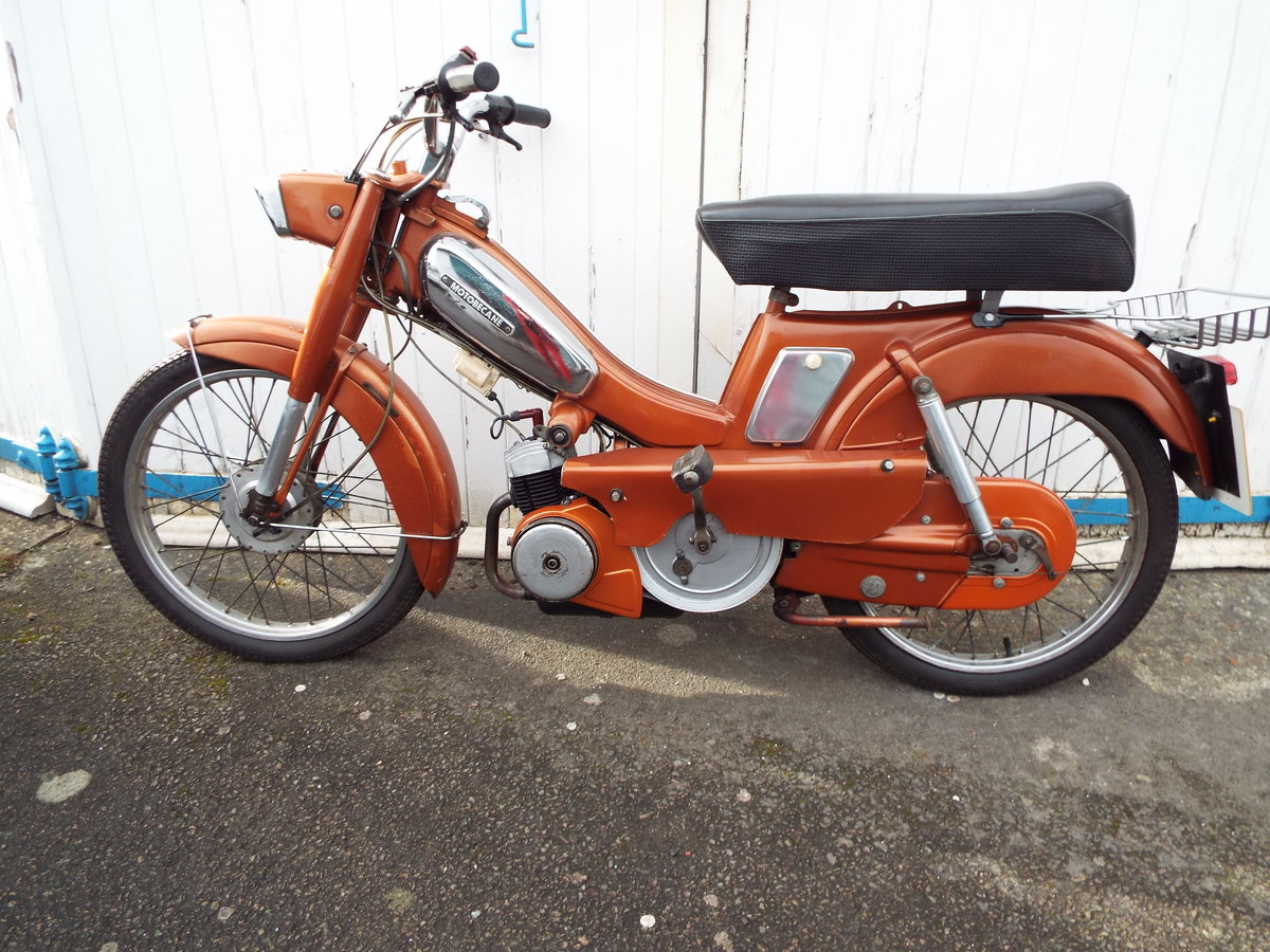 1972 Motobecane 50cc moped SOLD (picture 1 of 6)
