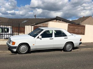 Mercedes 190E 2.0 automatic 1991 white For Sale
