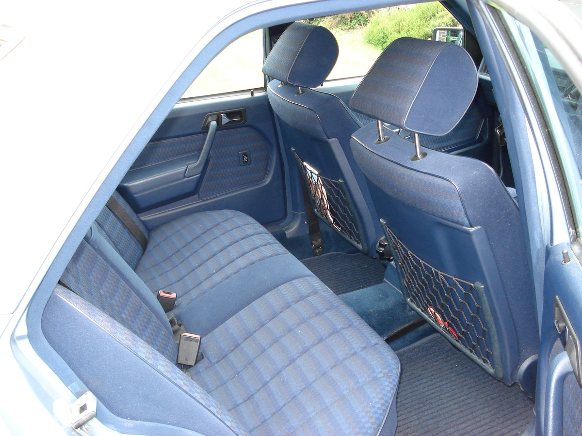 1989 Mercedes 190 Series great car SOLD (picture 5 of 6)