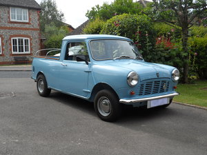 1982 Mini Pick-up SOLD