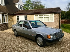 1989 Mercedes 190 in Stunning Condition! Beautiful  For Sale