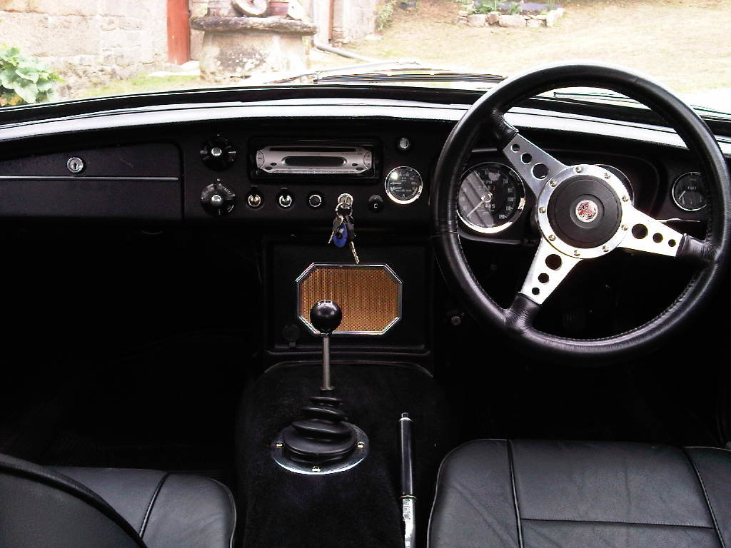 1969 MGB GT  For Sale (picture 4 of 6)