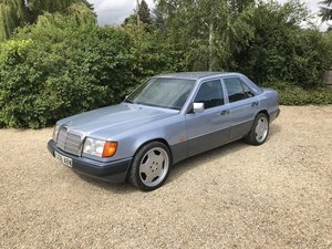 1993 Mercedes W124 200E One Owner! For Sale