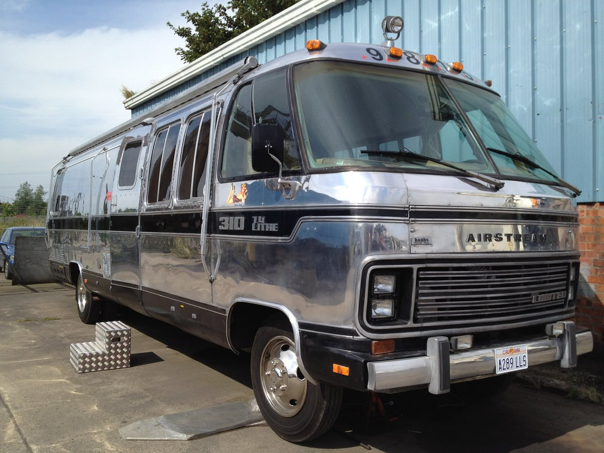 1984 Vintage Airstream 310 RV For Sale (picture 1 of 6)
